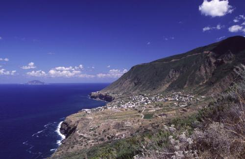 Eolie Islands, Sicily, Italy: Salina - view over the island
